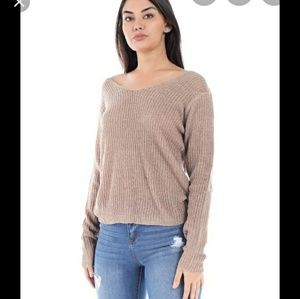 BCBG THIN SWEATER  LONG SLEEVES